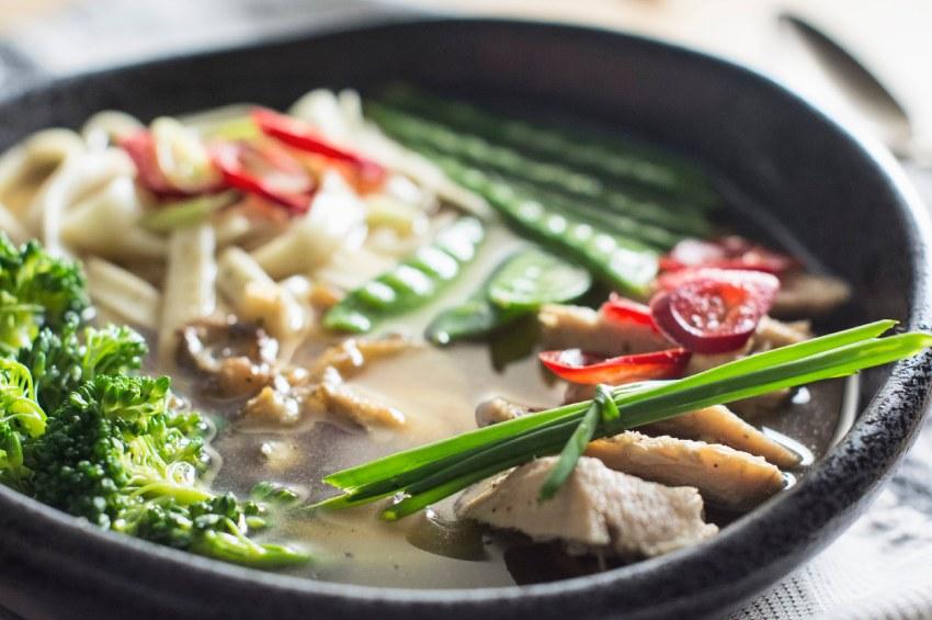 Częściej i mniej – czyli ile posiłków spożywać?