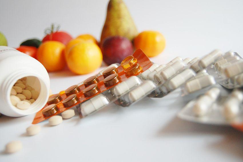 Leki a żywność – jak na siebie reagują?