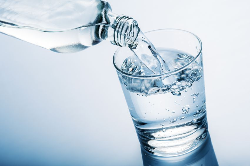 Zimna woda zdrowia doda! Czyli co o wodzie wiedzieć powinniśmy